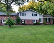 1118 Lipscomb Dr, Brentwood image