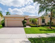 1125 Nw 139th Ave, Pembroke Pines image