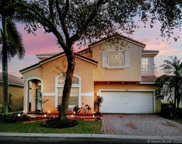 7516 Nw 18th Dr, Pembroke Pines image