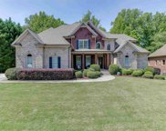 2718 Kelly Cove Dr, Buford image