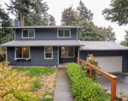 8010 172nd Ave  NE, Redmond image