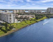 336 Golfview Road Unit #Ph12, North Palm Beach image