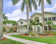1855 Hidden Trail Ln, Weston image