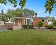 437 N Ellsworth Avenue, Villa Park image