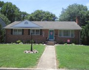 305 Cambridge Place, Colonial Heights image