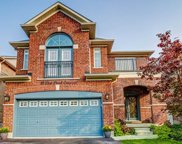 18 Lost Pond Cres, Whitchurch-Stouffville image