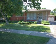 8043 KINMORE, Dearborn Heights image
