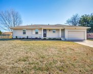 400 Crestview Drive, Forney image