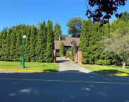 3260 Beach  Dr, Oak Bay image