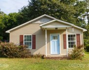 116 Armstrong  Street, Clover image