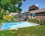 20 Stratton  Sq, East Hampton image