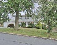5615 Manor, North Whitehall Township image
