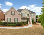 2621 Trailing Ivy Way, Buford image