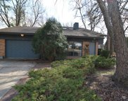 239 West Sheridan Place, Lake Bluff image