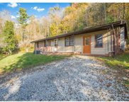 30 Top Of The Mountain Road, Hendersonville image