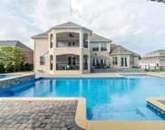 2625 Willowlawn Way, Virginia Beach image