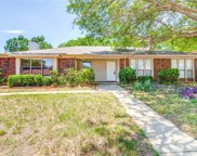 3013 Hilltop, Euless image