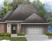 39265 Superior Wood Ave, Gonzales image