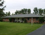 2818 White Oaks Drive, London image