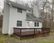 1127 Country Place Dr, Tobyhanna image