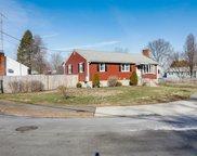 30 Putnam Ave, Wakefield image