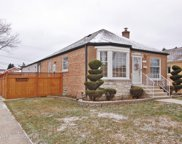 2252 South 23Rd Avenue, Broadview image