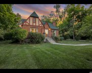 1868 Lincoln Ln, Holladay image