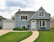 235 W Hickory Road, Lombard image