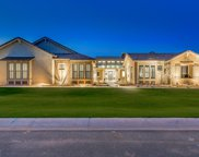 2718 E Hummingbird Way, Gilbert image