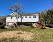 511 Bay 5th  Street, West Islip image