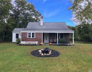 98 A Old Country  Road, E. Quogue image