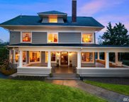 2222 E Crescent Dr, Seattle image