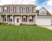 8624 Knoll  Crossing, Fishers image