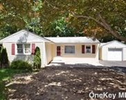 29B Pineville  Road, Central Islip image