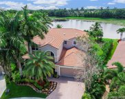 1055 Chenille Cir, Weston image