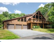 2093 Squire Lane, Hellertown image
