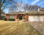 2058 Willowood, Grapevine image