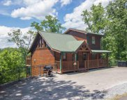 2868 Pine Haven, Pigeon Forge image