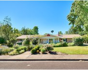 2210 NW SAINT ANDREWS  DR, McMinnville image