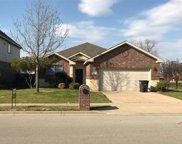 412 Goldstone Lane, Fort Worth image