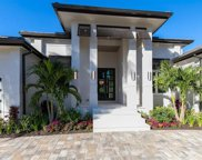 401 Wedge Dr, Naples image