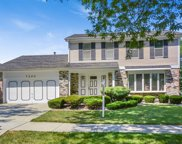 7200 Kidwell Road, Downers Grove image
