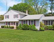5 Holly Dr, Northfield image