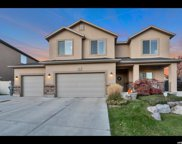 542 Pumpkin Patch Dr, Saratoga Springs image