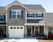 4016 Commons Dr, Spring Hill image