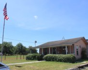 721 4th St, Floresville image
