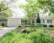 115 Lynwood Drive, Central image
