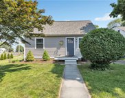 2 Lee  Court, Milford image