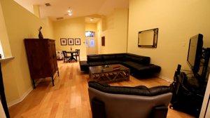 1916 Wyndham Drive Sarasota Living Room