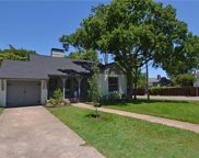 801 Thomasson, Dallas image